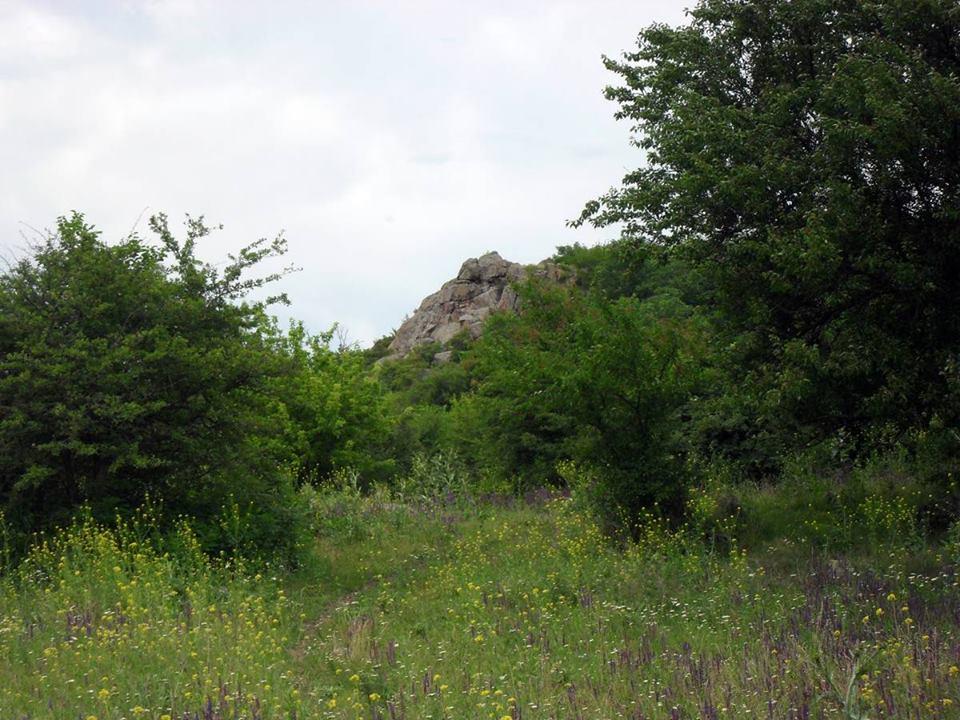 Стежка понад скелями над Бугом