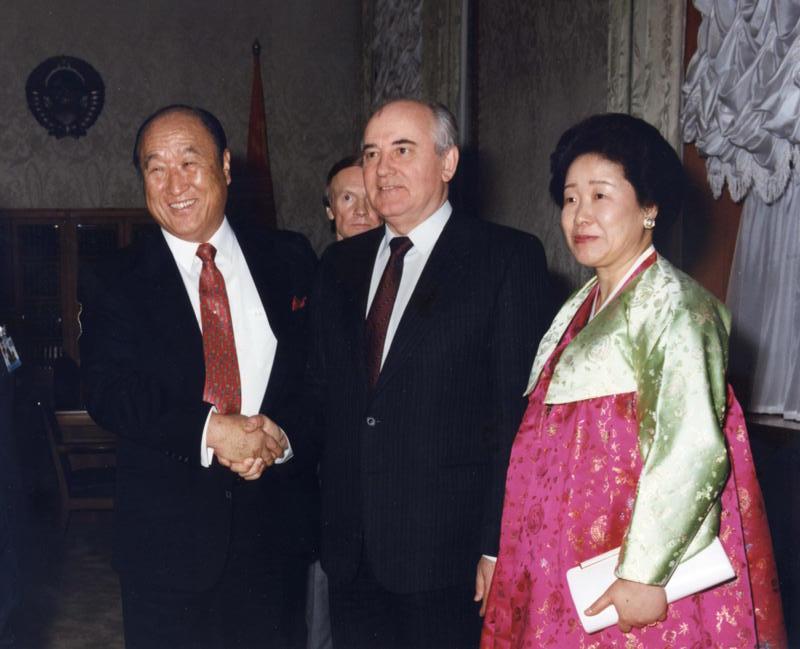Муніти і Михайор Горбачов