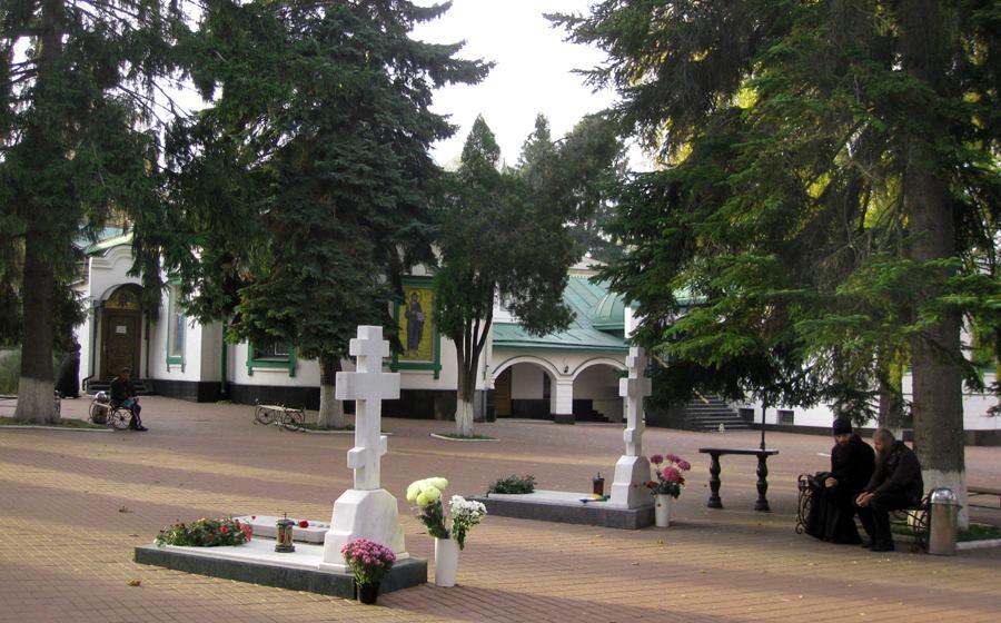 Церковное рейдерство: как разрастаются территории вокруг Китаевского монастыря (УПЦ МП)