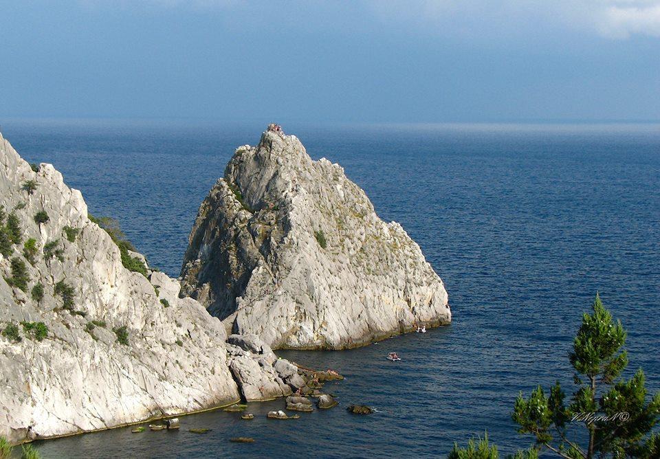 Скелі Сімеїзу