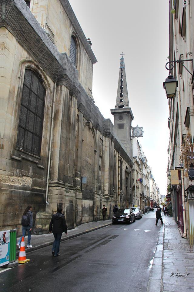 Паризька церква Сен-Луї-ан-л'Іль