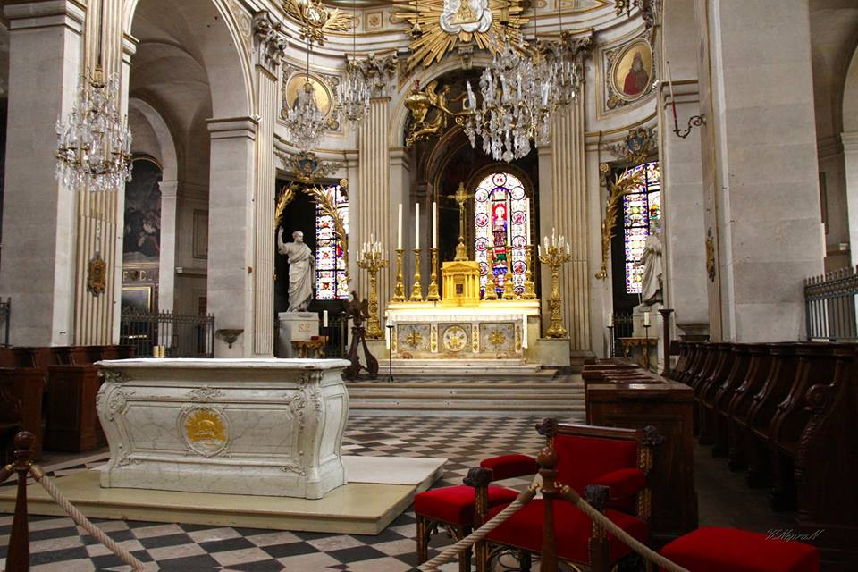 Історична пам'ятка церква Сен-Луї-ан-л'Іль