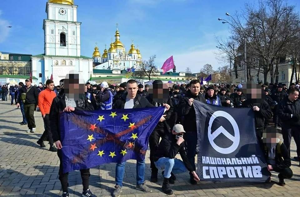 """""""Русские марши"""" уже в Киеве"""