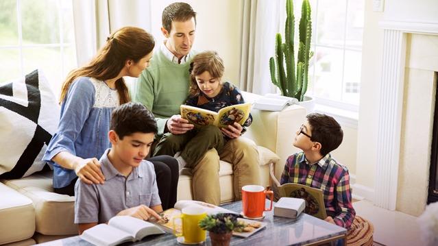 Педофілія у Товаристві Вартової Башти та Трактатів (Свідки Єгови)