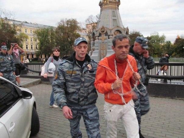 Российские «политзаключенные»: чем они занимаются в Украине?