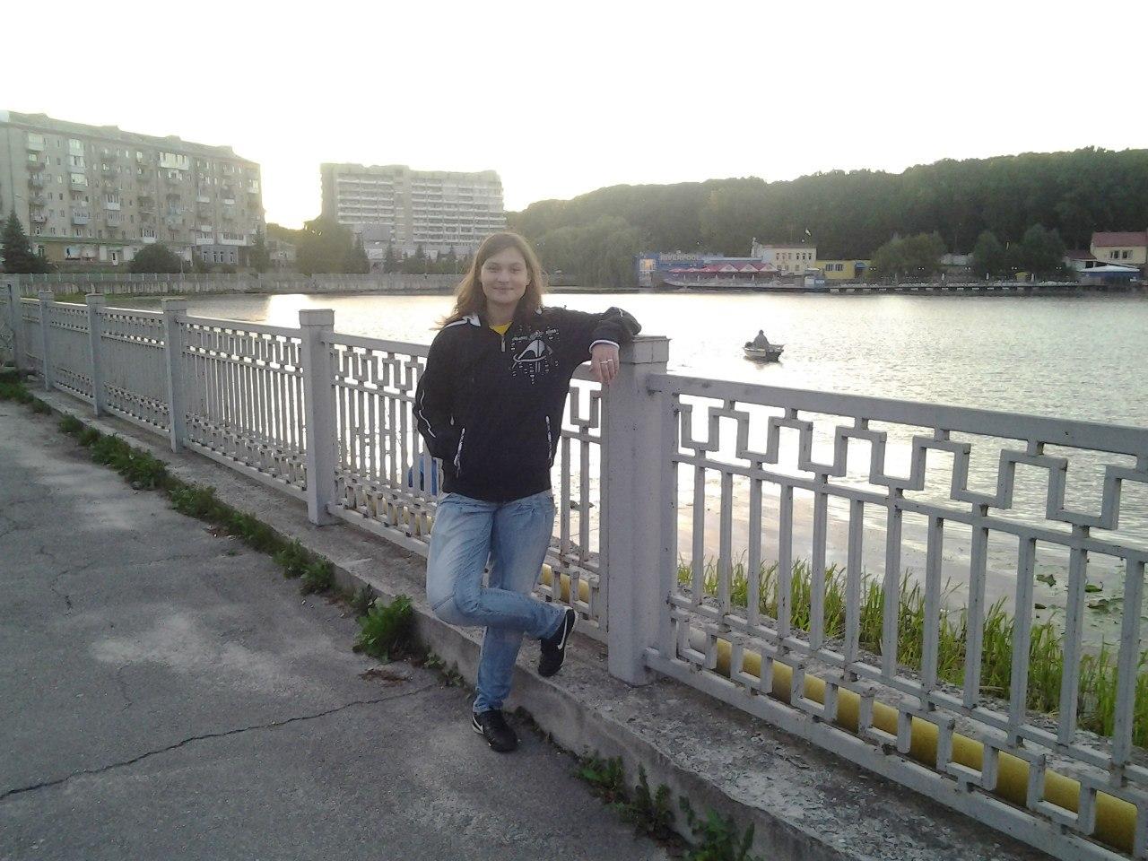 Яна Дугарь