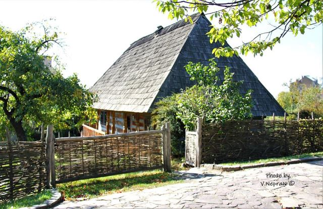 Бойки, гуцули, лемки - Закарпатський музей народної архітектури та побуту