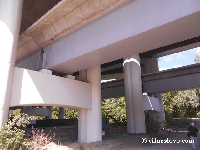 Подільсько-Воскресенський міст сьогодні – будівництво триває