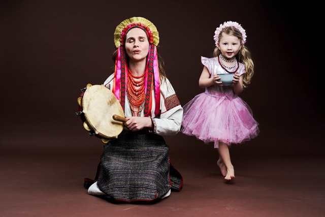 Псевдоцілителька Ганна Фесун з донькою